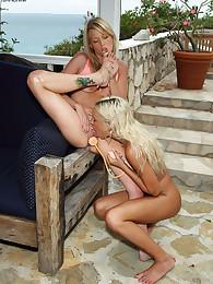 Kacey Jordan Helps Brea Bennett Cum