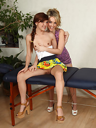 Newbie Alaura Lee Gets a Sensual Massage exotic Sarah Peachez