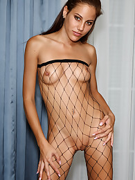 Euro Babe Anita Pearl Shows Off Her Hot Body