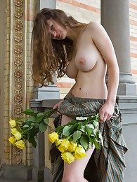 Femjoy Presents Susann in Tradition