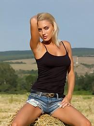 Paola G