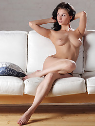 University student Penelope tries nude modeling for the very first time!