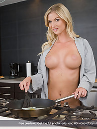 Joymii Presents Natalie N. in Join me for breakfast