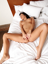 Jenny is a wonderful and fully natural girl with a sensational body. Her shy look gives her this special expression no one can resist.